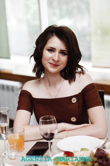 Incontra la ragazza Russa Yuliia, di Samara (Russia)
