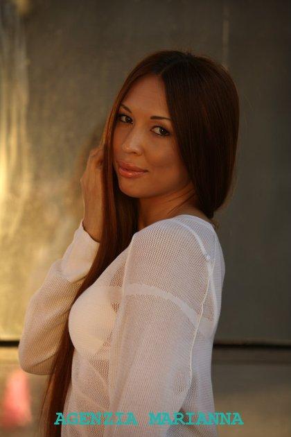Incontra la ragazza Russa Gulnara, di Samara (Russia)